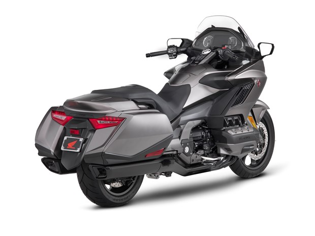 goldwing_2018_rear_right_quarter