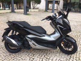 HONDA FORZA300 PRETO